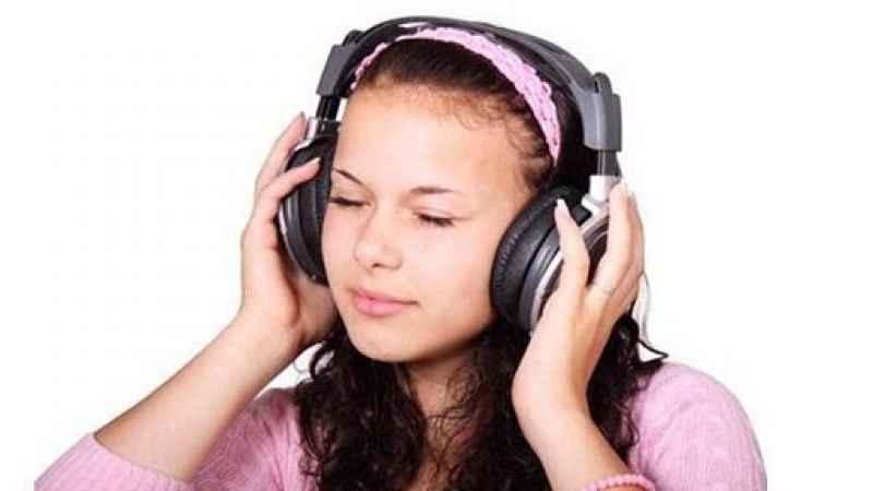 İnternetten Karışık Radyo Nerden Dinlenir?