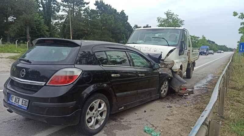 Kandıra'da korkutan kaza: 5 yaralı