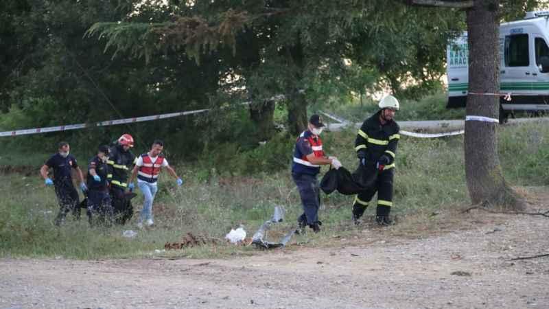 Uyuşturucu etkisinde araç kullanarak 5 kişilik aileyi yok etti