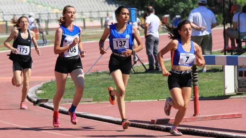 İzmitli atletler, İzmir'definal biletini aldı