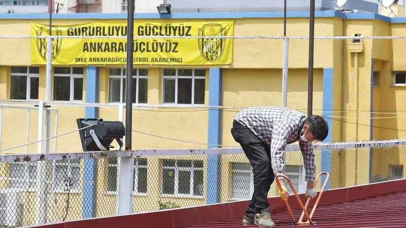 Ankara Büyükşehir'in A.Gücü'ne desteği sürüyor