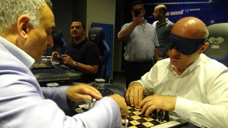 Görme engelliler satranç turnuvası start aldı