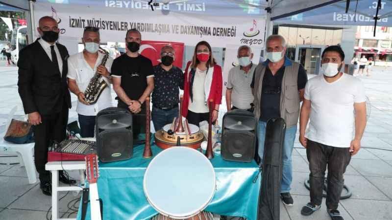 İzmitli müzisyenlerden Hürriyet'e teşekkür: Bizi hiç unutmadınızminnettarız Başkanım