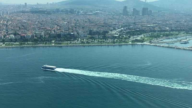Marmara Denizi'ndeki müsilajın son durumu havadan görüntülendi