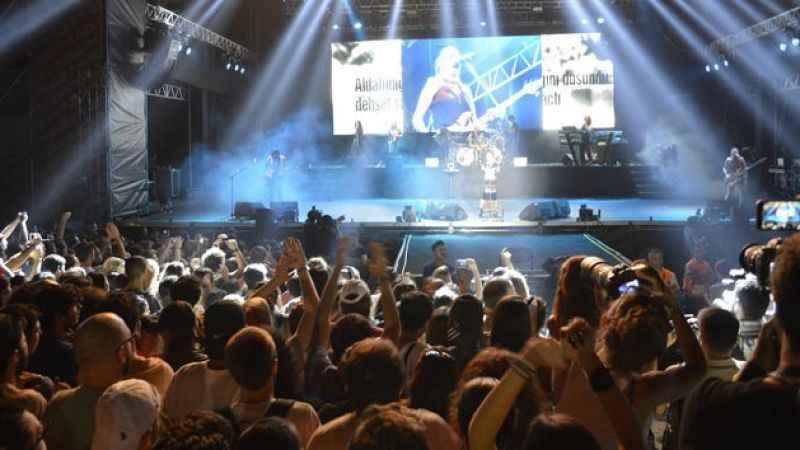 Konser, sinema, maç gibi etkinlikler için aşı şartı gündemde