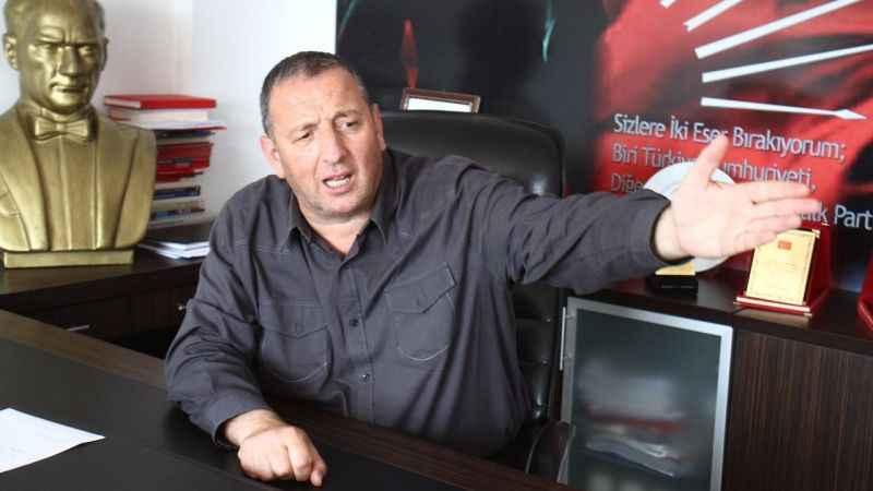 Karakadılar'dan önemli iddia! CHP'liler başka partiye çalıştı