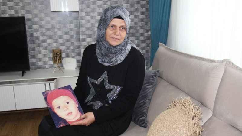 Depremde kaybettiği kızını 21 yıldır arıyor