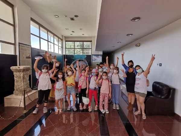 Çocuklar müze kültürünü öğreniyor