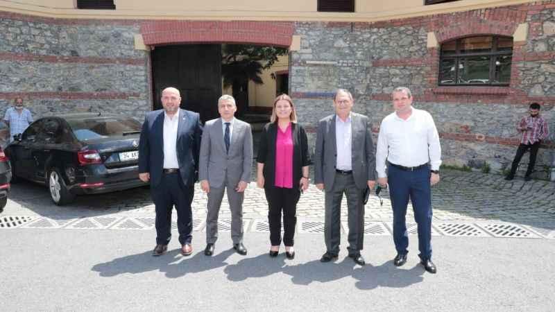 Hürriyet, BELTUR işbirliğiyle İstanbul pazarını İzmitli üreticiye açıyor