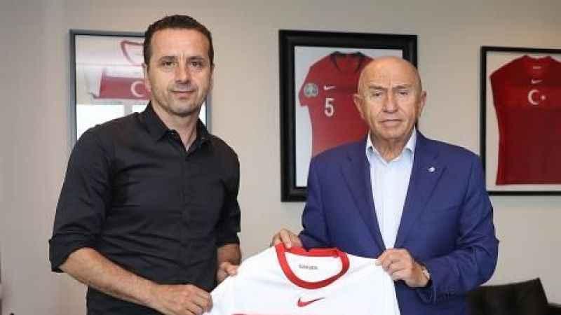 Eski Kocaelispor kaptanı Saffet Akyüz TPFD başkanı oldu