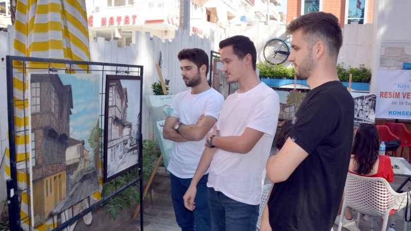 """Karamürsel'de """"Kıyı Kenti Karamürsel"""" resim ve fotoğraf sergisi açıldı"""
