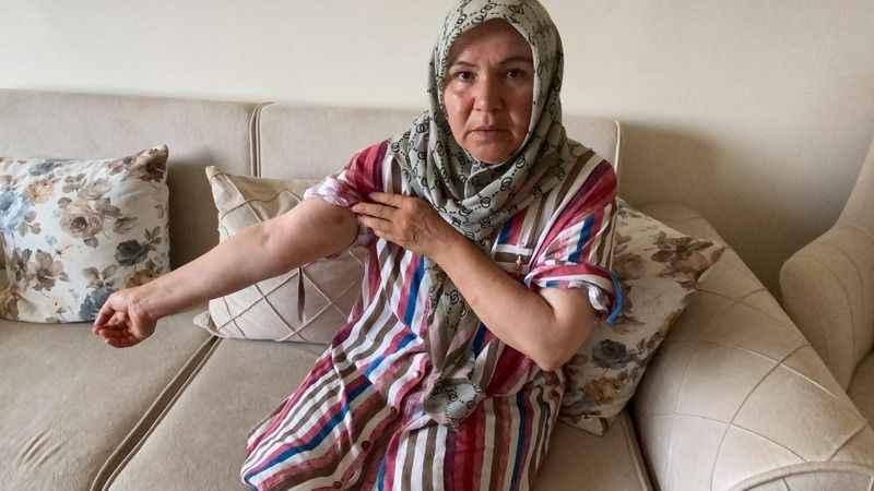 """Oğlu ve eşinin yaptığı şiddeti anlattı: """"2 yılda 100 yılı yaşadım"""""""