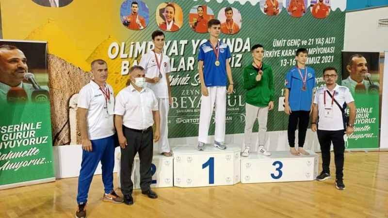 Mert Halıcı Şanlıurfa'da Türkiye şampiyonu oldu