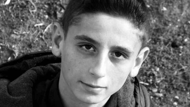 Kayalıklardan denize atlayış yapan genç hayatını kaybetti