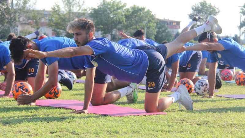 Belediye Derince'nin ilk maçı Karacabey ile pazartesi günü