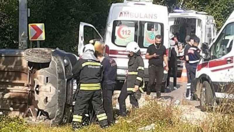 Kandıra'da korkutan kaza: 6 kişi yaralandı!