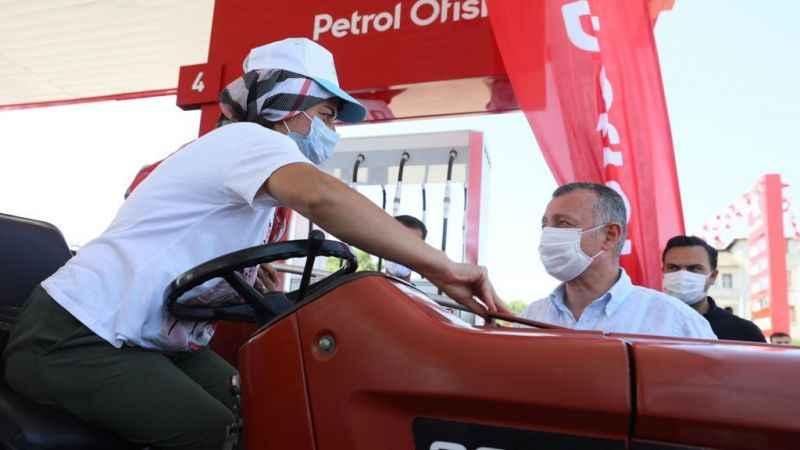 Büyükşehir'den çiftçilere 2 milyon litre akaryakıt desteği