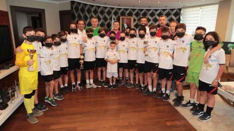 Gölcük Karadeniz Spor KulübüHürriyet'in jesti için teşekkür etti