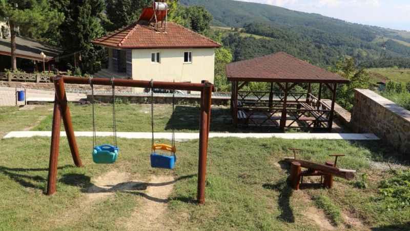 İzmit Belediyesi Nebihoca Parkı'nınbakım ve onarımını tamamladı