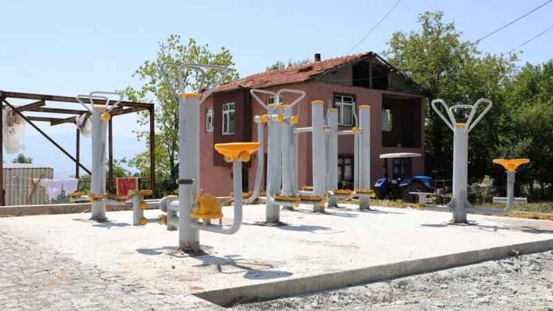 İzmit Belediyesi, Çubuklubala Parkı'na spor aletleri yerleştirdi