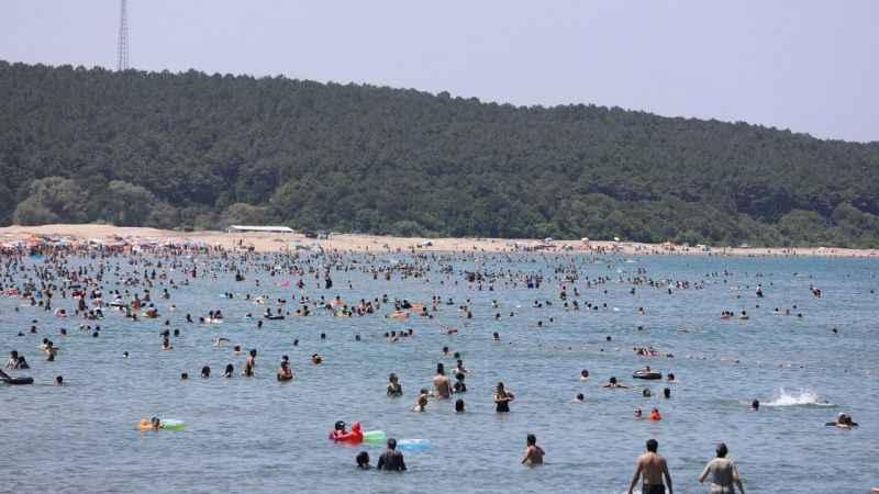 Sahillerde 2 haftada 164 kişi boğulmaktan kurtarıldı