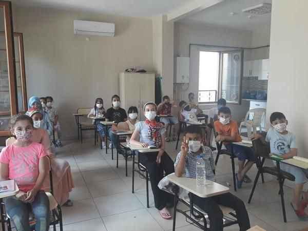 İZMEK ve Halk Eğitim ile çocuklar Kur'an-ı Kerim öğreniyor