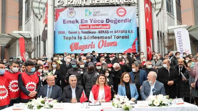 TİS'le verilen ekstra zamlar işçilerin hesaplarına yatıyor