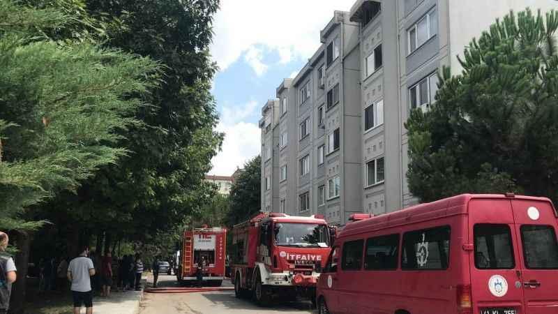 Yahyakaptan'da yangın paniği! 1 kişi hastanelik oldu...