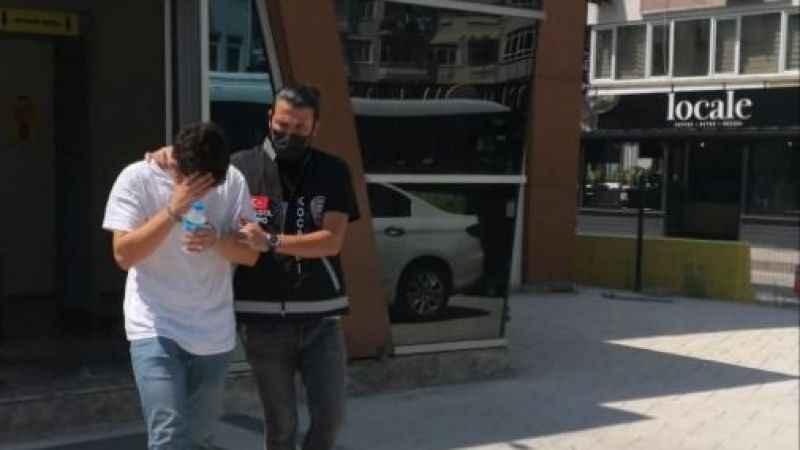 18 yaşındaki dolandırıcı polise yakalandı
