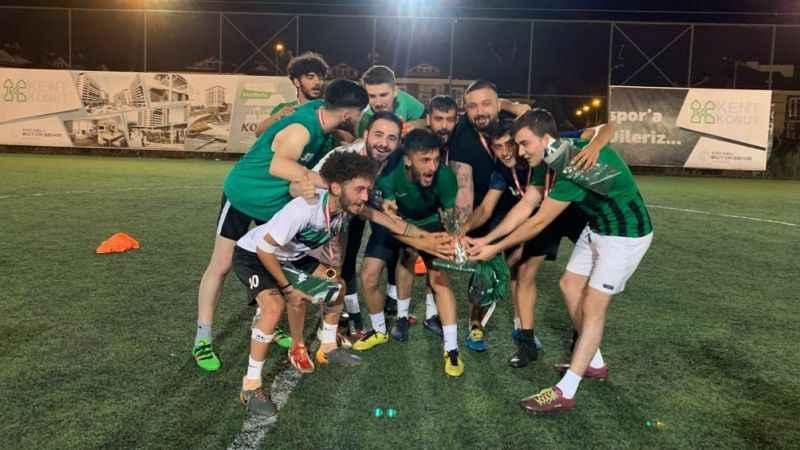 Selim Navruz turnuvasında şampiyon ÜNİ Hodri Meydan Bolu