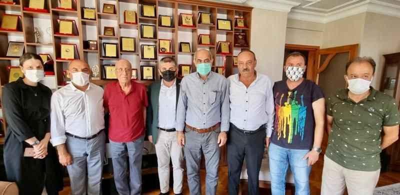 CHP'liler, Salih Günü ziyaret etti