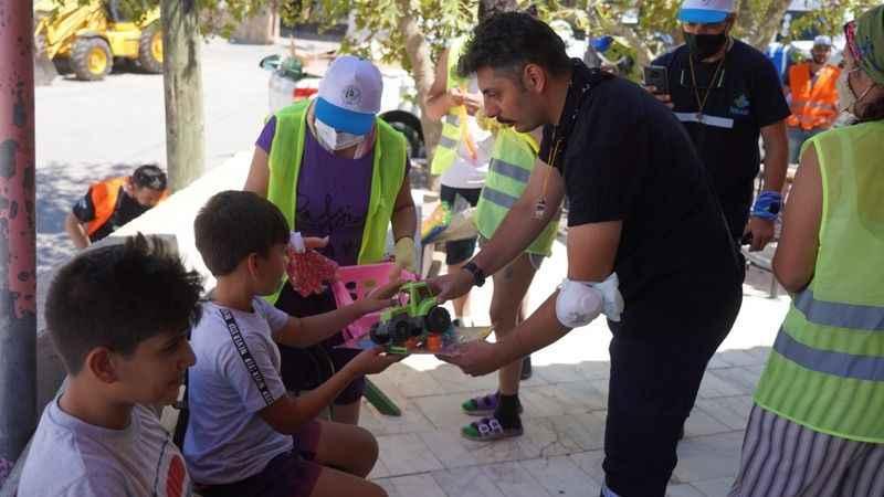 İZBAK ekipleri Milas köylerindehayır duası aldı