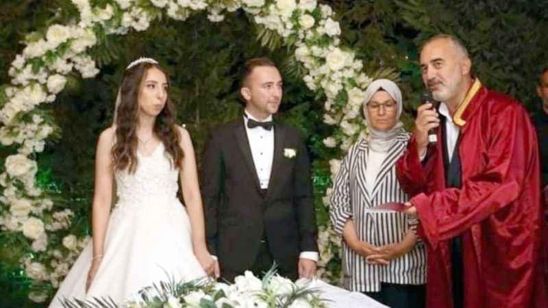 AKP'li Demirel kızını evlendirdi