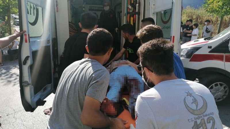İki grup arasında silahlı ve bıçaklı kavga: 1 ölü 3 yaralı