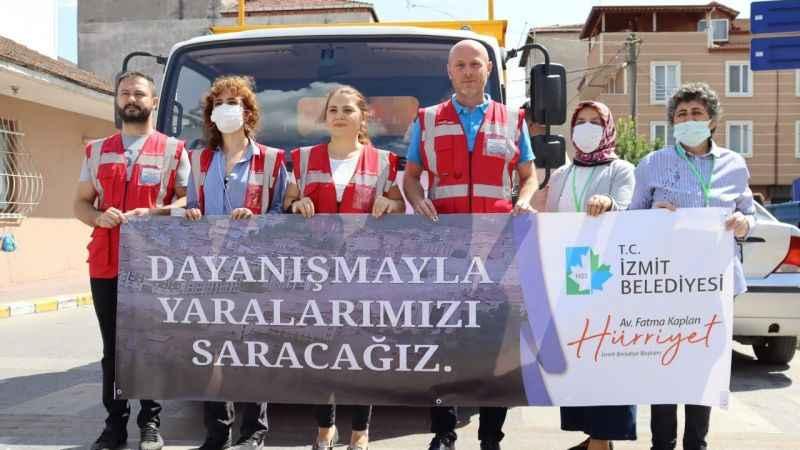 İzmit Belediyesi'nin yardım kamyonu Kastamonu'ya doğru yola çıktı