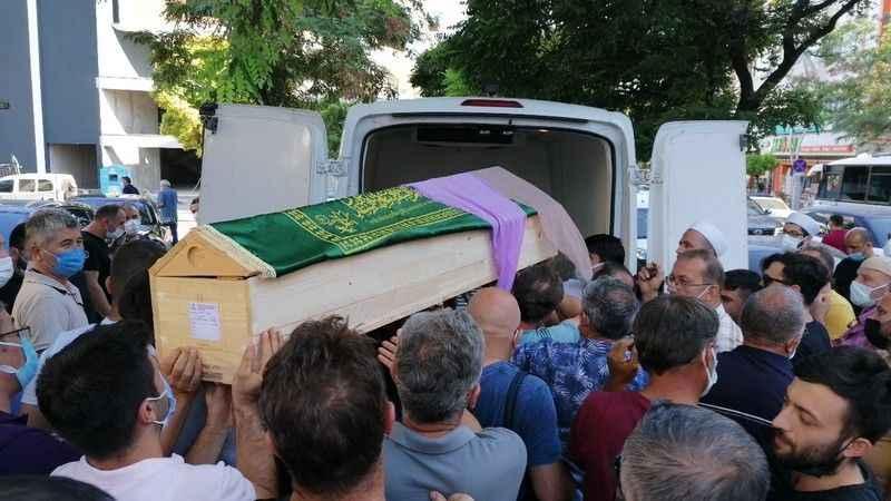 Saldırıda ölen baba ve kızı toprağa verildi