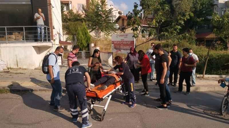 Panelvanla çarpışan motosikletin sürücüsü yaralandı
