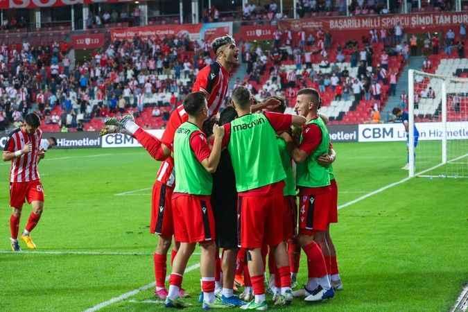 Samsunspor 21 transfer yaptı