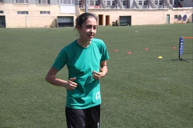 Mesude Alayont U-19  milli takımına çağrıldı