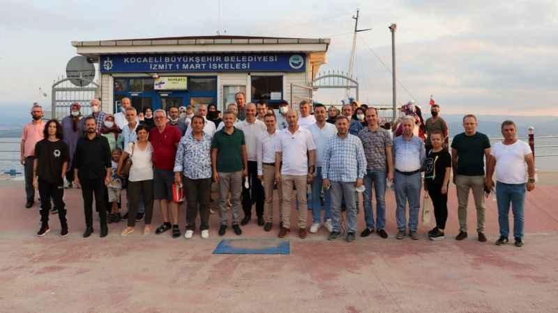 Muhtarlar, İzmit Körfez'inde mehtap turuna katıldı