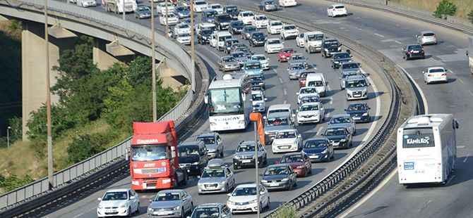 Kocaeli'de trafiğe kayıtlı  araç sayısı 435 bin 617