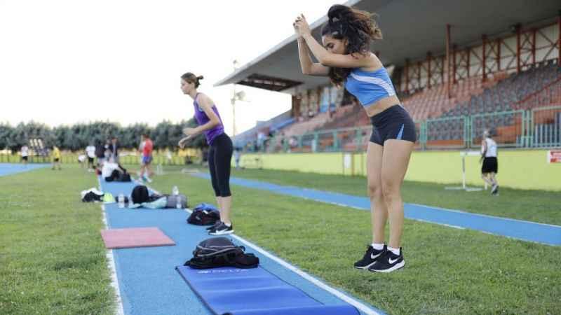 İzmitli atletler süper lig için çalışmaya devam ediyor