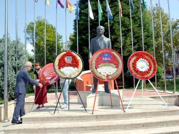 CHP Karamürsel'den  alternatif tören