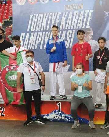 Karate'de Halıcı kardeşler hep zirvede !