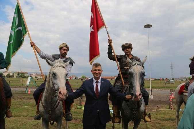 Rahvan at yarışları heyecanı  yine Gölcük'te yaşanıyor