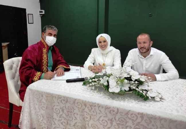 Turan, ağustosta  73 nikah ve sünnete katıldı