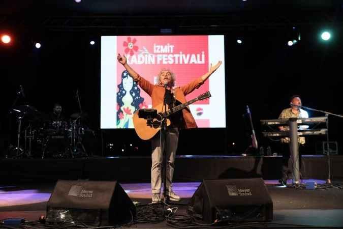 İzmit Kadın Festivali'nde Yeni Türkü rüzgârı esti