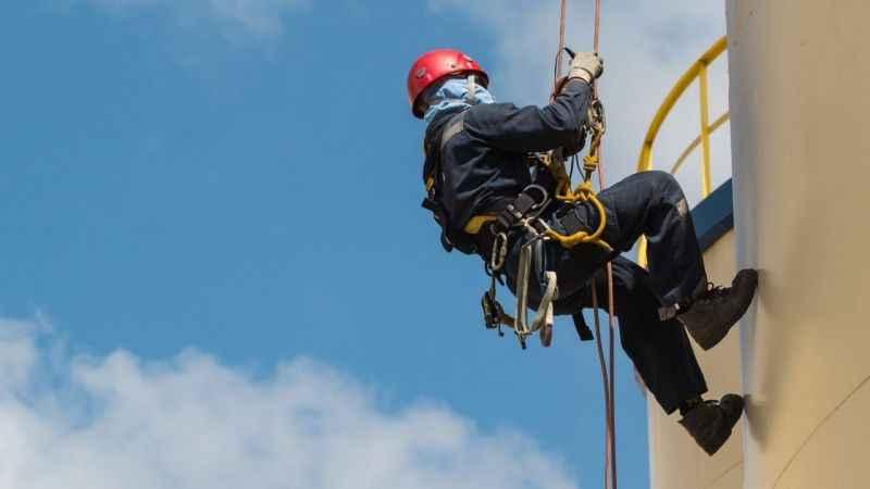 Yüksekte çalışırken meydana gelebilecek iş kazaları için bu 6 ADIMA DİKKAT!