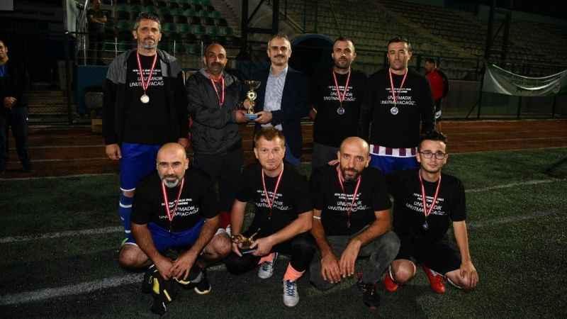 Şampiyonun adı: Spor İşlerispor
