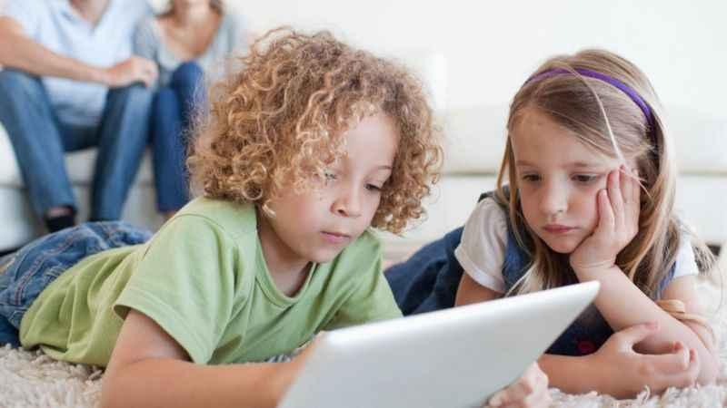 Anne babaların dikkat etmesi gereken akıllı telefon trendleri